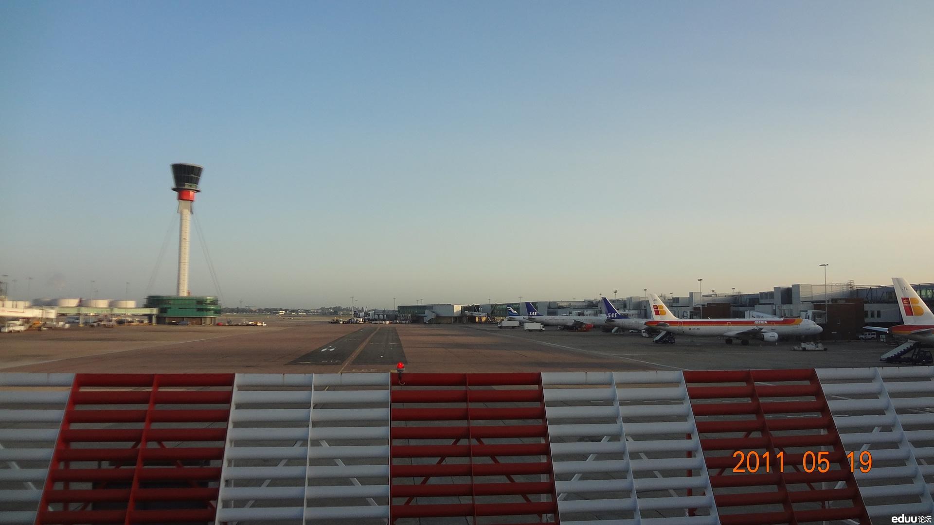 英国伦敦有四座国际机场,这是希斯罗机场,最大,是世界上最繁